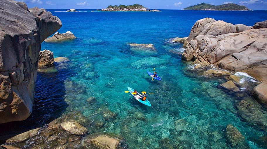 Kayaking Six Senses Seychelles